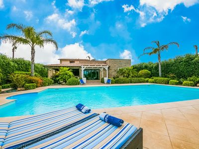 Photo for Villa with private pool with salt water whirlpool and cozy porch