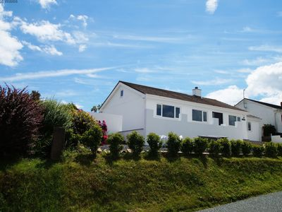 Photo for Saundersfoot Holiday Cottage, Sea View