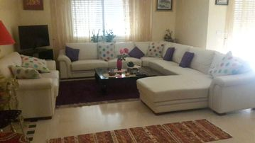 Tunis La Soukra: Very beautiful Apartment (5 rooms) in well guarded and well maintained residence (situated in Tunis- La Soukra)