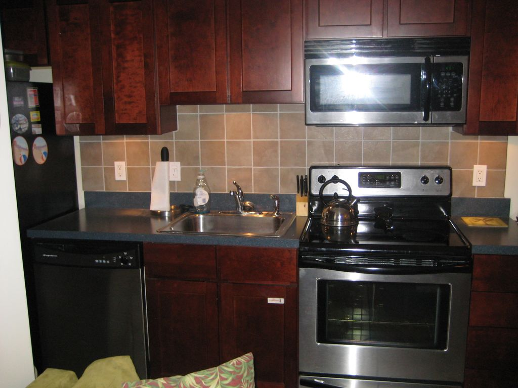 Uncategorized Kitchen Appliances New Jersey cozy beach condo in the beautiful resort town of wildwood crest property image9 in
