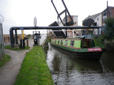 Photo for Narrowboat Carey Ginger Sleeps 4