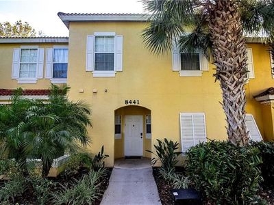 Photo for 3 Bedroom townhouse located in the gated community of Emerald Island. Free WIFI