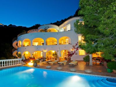 Photo for 6 bedroom Villa, sleeps 14 with Pool, FREE WiFi and Walk to Beach & Shops