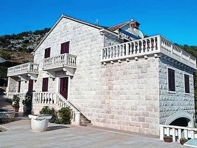 Photo for 2BR Apartment Vacation Rental in Bol, Dalmatien