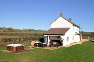 Photo for Apple Cottage - sleeps 4 guests  in 0 bedrooms