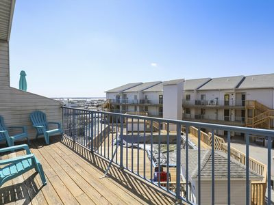 Photo for 1.5 Blocks to Beach! Great Mid-Town Condo - Close to OCMD Hotspots