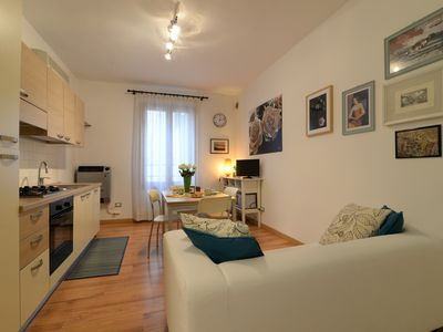 Photo for Heart of Padua Lovely VERDE apartment,  2 steps from Piazza Erbe -Duomo WiFi AC