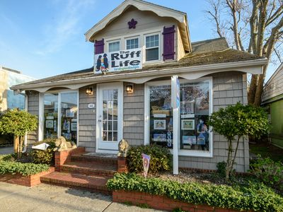 Photo for Charming Quaint Apartment in Downtown Rehoboth Beach 1.5 Blocks from the Beach!
