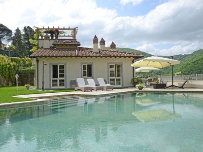 Photo for Luxury villa in Tuscany (-10% SPECIAL PRICE LATEST WEEKS JULY REMAINS)