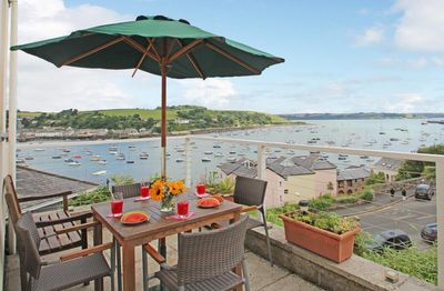 Photo for PENNANT COTTAGE, family friendly in Falmouth, Ref 959195