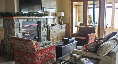 Photo for Ski In/Ski Out Penthouse w/ Gas Fireplace