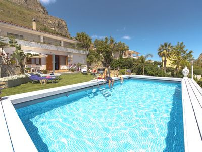 Photo for The Villa Di Sofia with Pool a few Km from Palermo