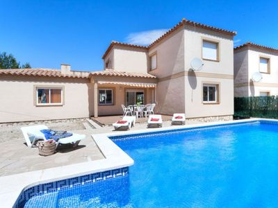 Photo for Vacation home Mimosa I in L'Ametlla de Mar - 10 persons, 4 bedrooms
