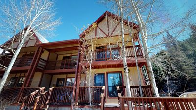Photo for Valley Condo #126 - Corner Condo, Fiber Optic high speed WiFi, Fireplace - Gas, Washer/Dryer