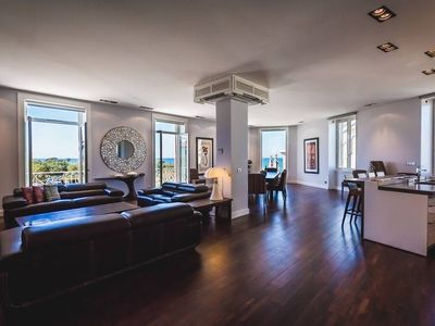 Photo for Central Luxury Seafront Apartment with Balcony and Parking