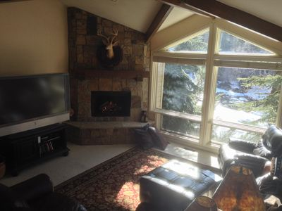 Photo for 5BR, 4 1/2 BA Dog friendly retreat. Close to everything! On the Eagle River