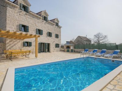 Photo for ctim272-renovated old stone house with swimming pool, 8 + 2 persons, barbecue, free wifi