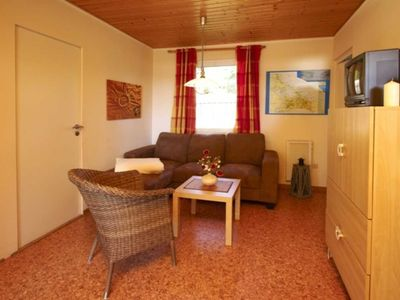 Photo for Bungalow 26 - Semi-detached house for 8 persons with terrace, 10 min. To the sea