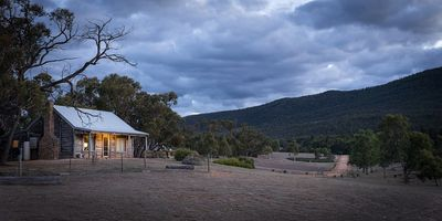 Photo for Grampians Pioneer Log Cottage