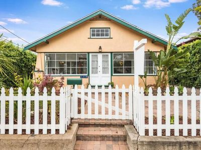 Photo for Charming Westside Home (1bd/1ba)