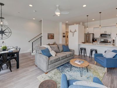 Photo for Downtown WP Luxury Loft #17 Near Resort - FREE Activities Daily & Shuttle/Pool Sized Hot Tub/Views