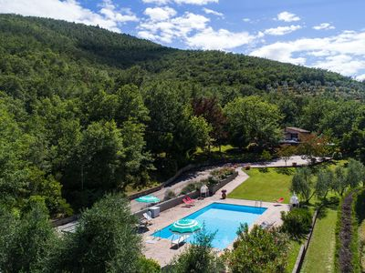 Photo for Villa on a hill with private pool, nice view, pizza oven and barbecue