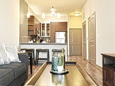 Photo for ★★★Brand New Downtown view Apt+free parking+pool