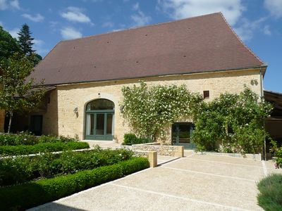 Photo for Beautifully converted stone barn near Daglan, Perigord Noir, heated pool