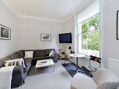 Photo for Spacious 1st floor Portobello Balcony apartment