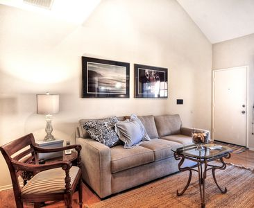Family room with Queen size sofabed