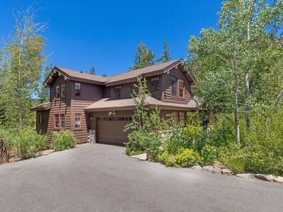 Photo for Trails End - Luxury 4 BR in Squaw Valley - Sleeps 10 and Hot Tub Too!