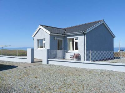 Photo for THE HOMER, pet friendly, with a garden in Uig, Ref 915040