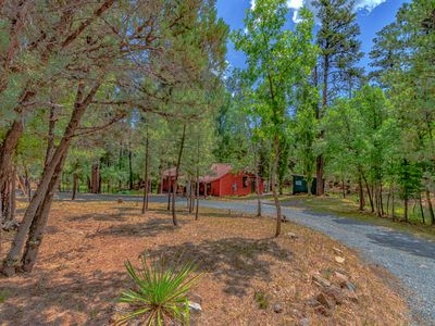"Photo for ""WoodCreek"" Cabin-Large Open Living, Game Room, Creek View"