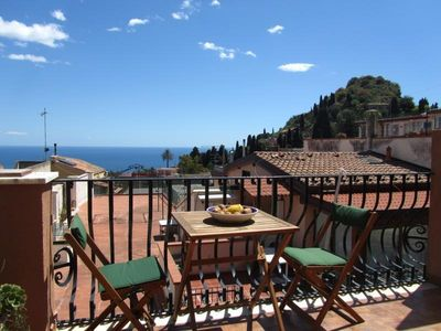 Photo for Taormina Centre! 1- Room Apartment With A Sea View