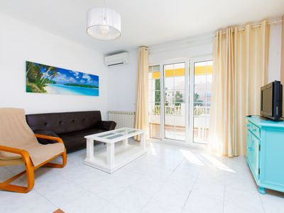 Photo for Suite Nº 5 (1 double room and 1 single room)