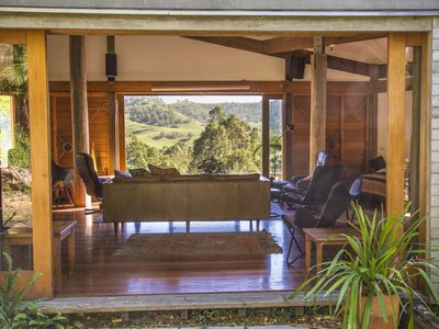 Photo for Tyraman Retreat - Unique mountain getaway for large groups in the Hunter Valley