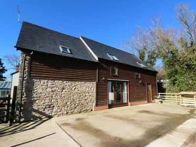 Photo for FILBERT, pet friendly, with a garden in Weobley , Ref 975498