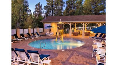 Photo for Take In The Great Outdoors At Flagstaff Resort!