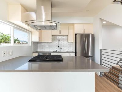 Photo for Hollywood Haven - Modern Townhouse, Brand New