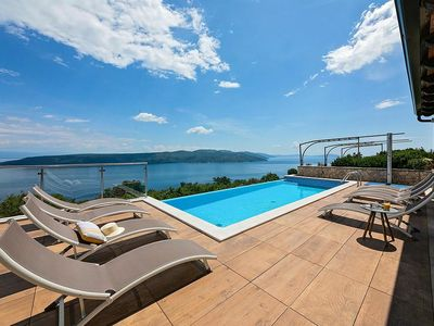 Photo for Holiday house Brsec for 12 persons with 6 bedrooms - Villa