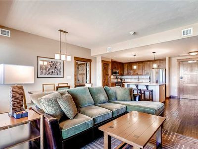 Photo for Beautiful 2 Bedroom / 2 Bathroom Condo w/Onsite Pool, Game Room & More!
