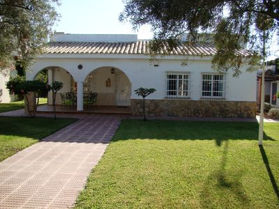 Photo for Villa Near The Sea (Less Than 200 Meters) With Private Pool.