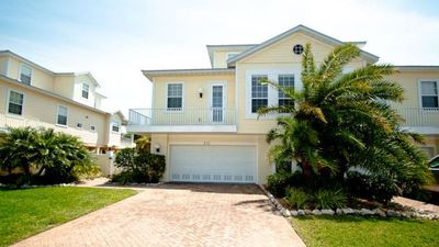 Photo for Island Walk 313 - Townhouse  3 Bedroom/ 2 .5 Bath with private pool , maximum occupancy of 6 people. Very close to the beach!