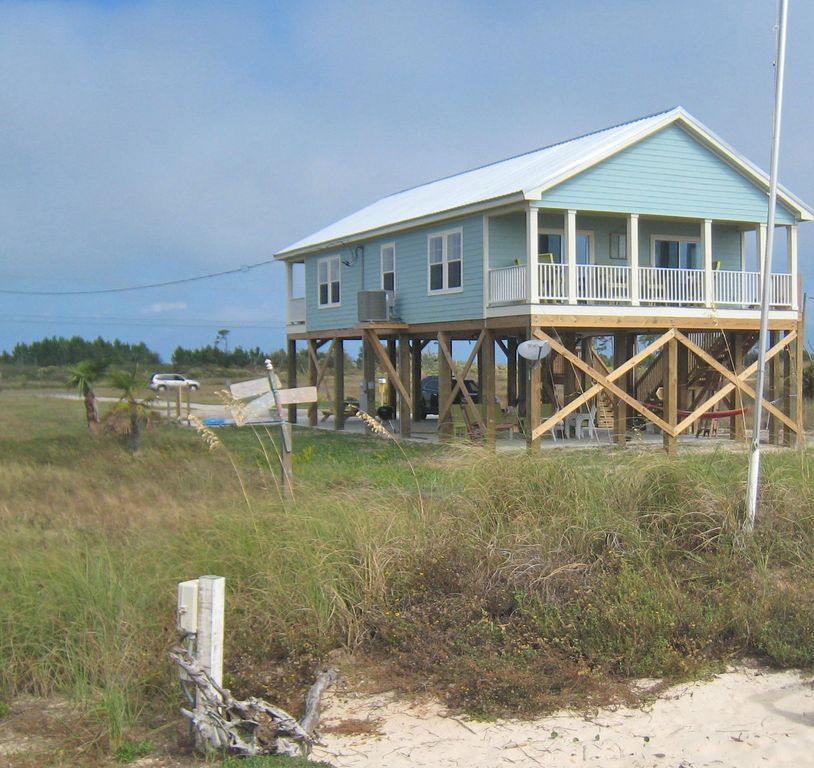 Pet Friendly New 3 Bedroom Beach House- Gulf View-Short