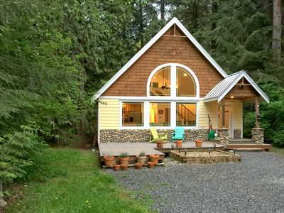 Photo for Mt Baker Lodging's Cabin #1 - A perfect new family retreat with a hot tub!