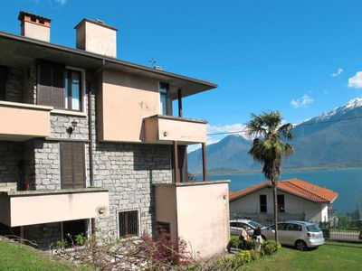 Photo for 6 bedroom Villa, sleeps 9 in Aurogna with WiFi