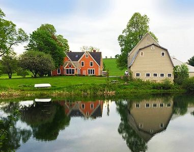 FarmHouse Inn has a main house, a three-bedroom cottage and three cottage suites.