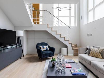 Photo for Stylish Modern 1BR in Covent Garden