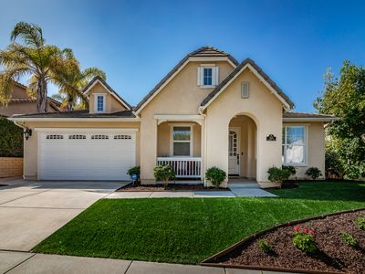 Beautifully Furnished Carlsbad Home- Near ViaSat and LEGOLAND!
