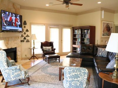 Photo for Private & peaceful country home located 12 minutes from TAMU